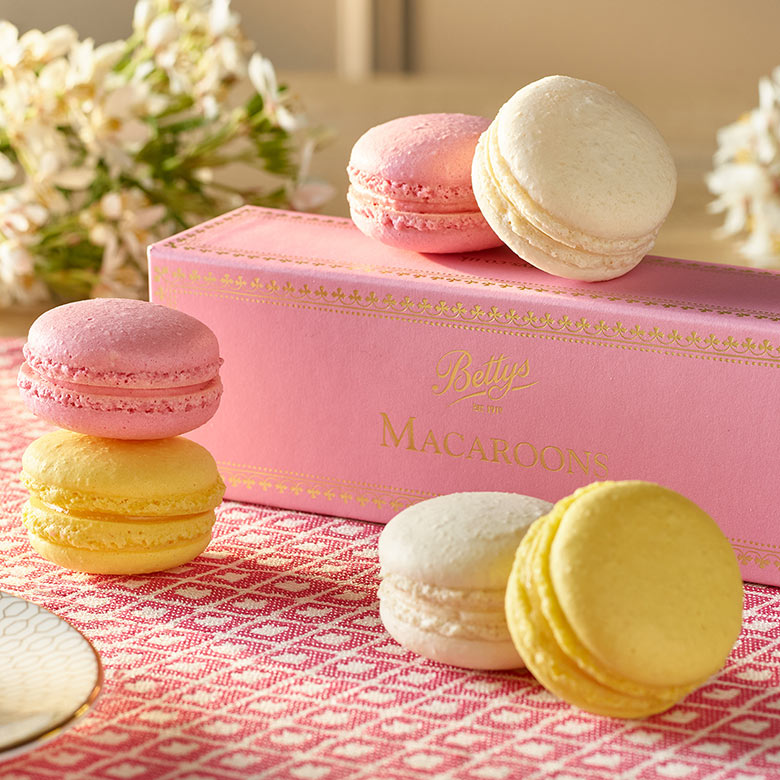 Macaroons Box of 6
