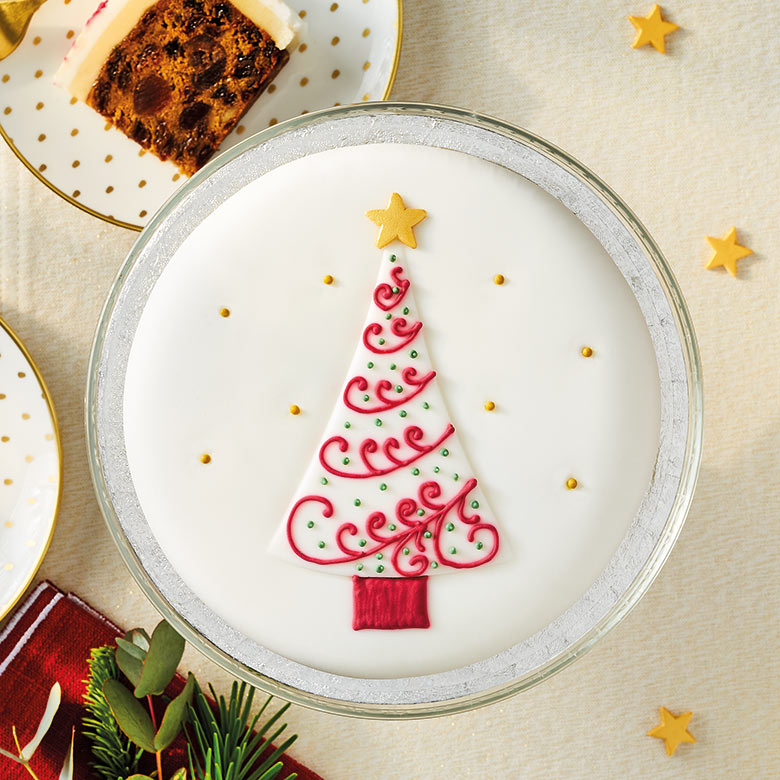 Soft Iced Tree Christmas Cake