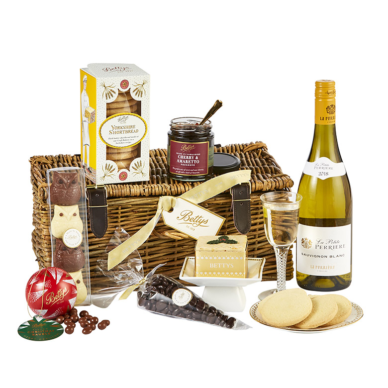 Taste of Christmas Wicker Hamper