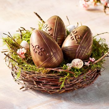 Dark Chocolate Shimmer Eggs In Nest Lifestyle