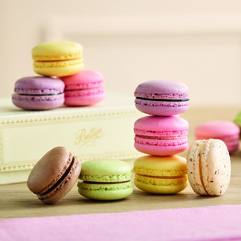 Macaroons box of 12