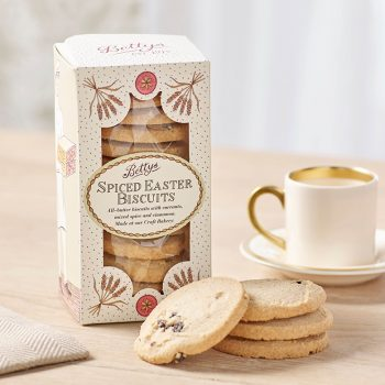 Spiced Easter Biscuits Lifestyle